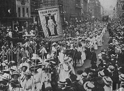 Suffragettes1